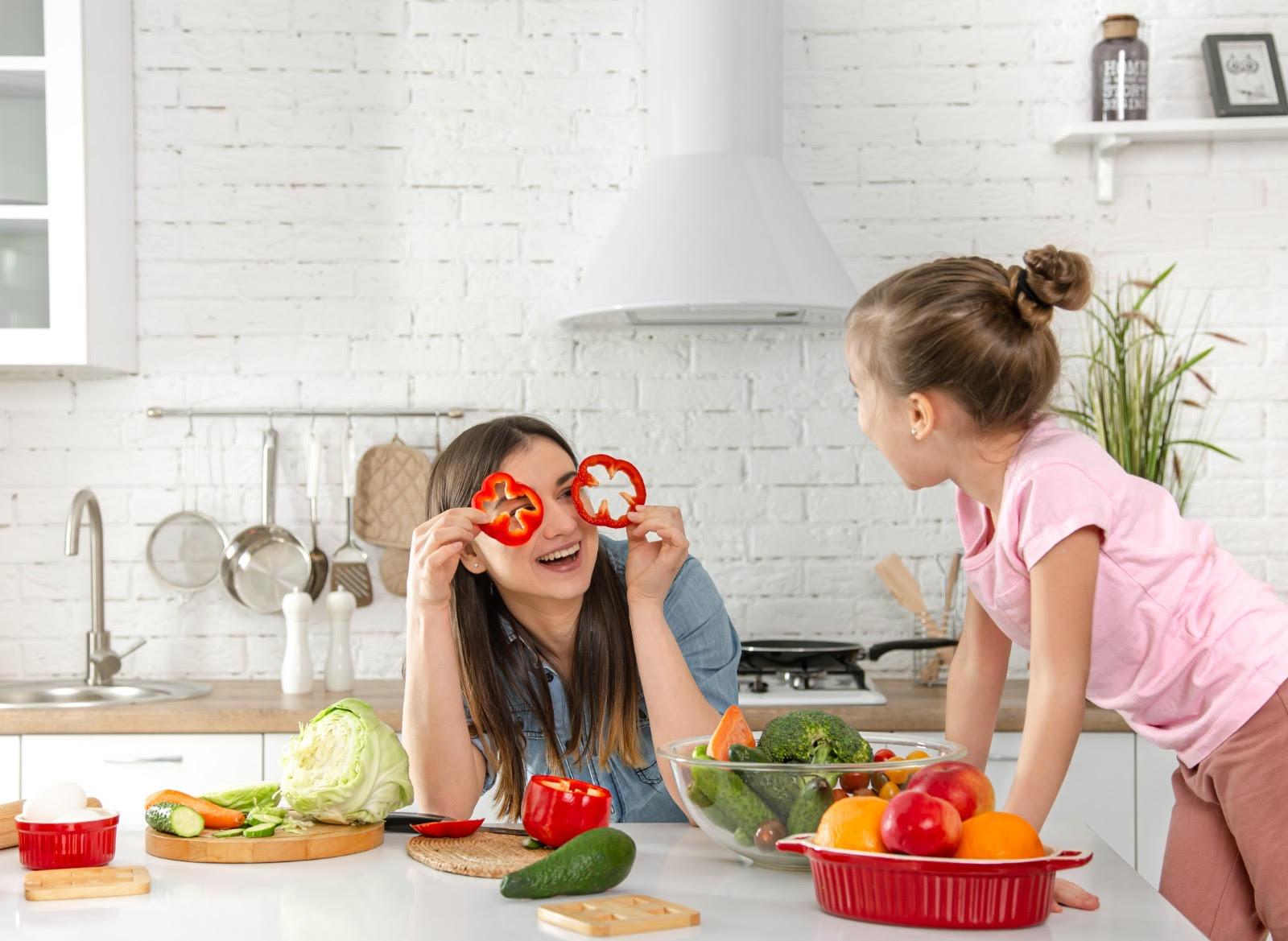 Sana alimentazione nei bambini: è solo questione di alimenti?